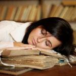 20% des étudiants disent manquer de sommeil