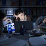 Stress, moral et sommeil, les 25-34 ans sont les plus concernés…