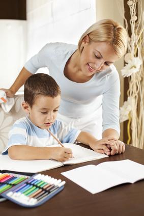 Développement cognitif de l'enfant et encouragements