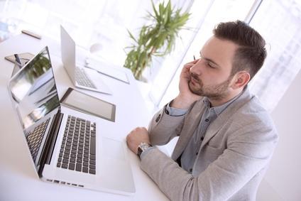 Brown-out : perte de sens au travail et démotivation